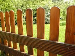 Domestic Fencing – Fact and Fiction